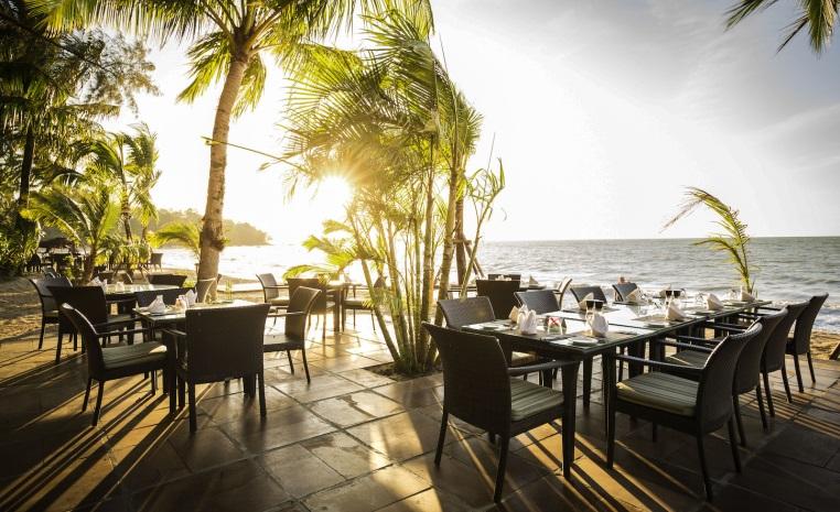 ROBINSON Special Fernweh200   Jetzt 200€ sparen! tui hotels thailand strand sonne malediven angebote und specials angebot  tui berlin robinson khao lak strandrestaurant