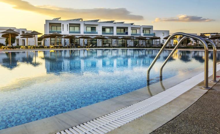 TUI KINDERFESTPREIS Sommer 2019 ab 99 € tui hotels strand sonne angebote und specials angebot  tui berlin magic life plimmiri relaxpool