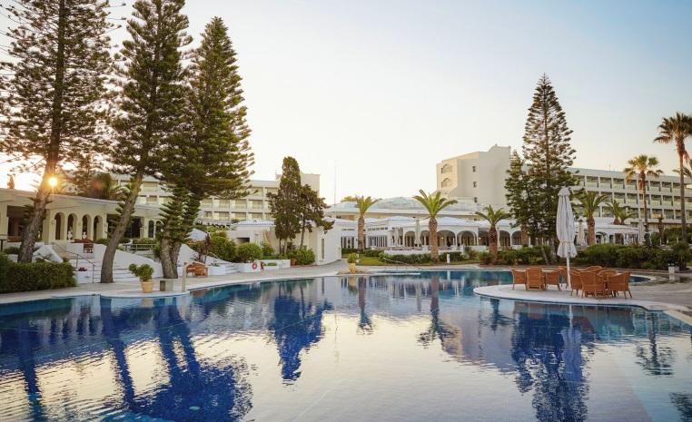Sommer 2019 Frühbucher   inklusive Reiseschutz tuerkei tui hotels strand sonne griechenland balearen angebote und specials angebot  tui berlin robinson kyllini pool