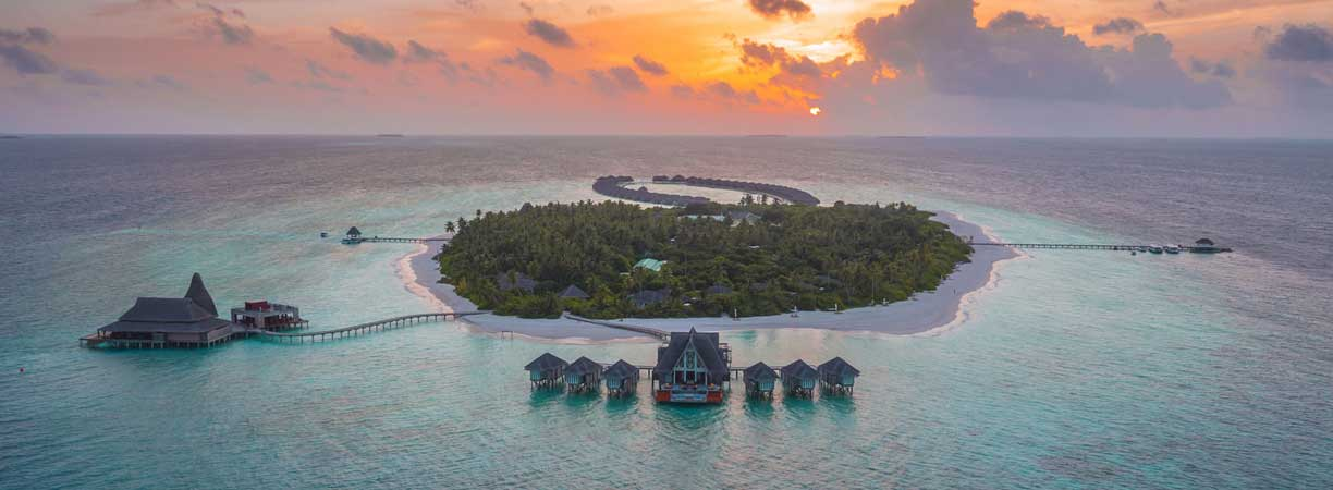 TUI Berlin, Deals der Woche, airtours, Luxushotel, Anantara Kihavah Maldives Villas, Don Carlos Leisure Resort, Paradis Beachcomber Resort & SPA, Angebote