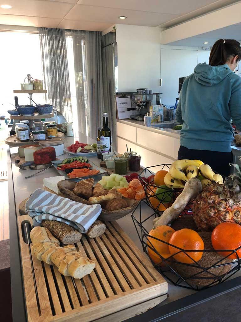 Samadhi Ocean Resort   Mein Besuch auf der privaten  Segelyacht sonne reisebericht new kanaren expertentipps  tui berlin samadhi teneriffa essen hochkant