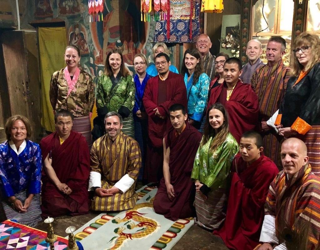 Abschiedszeremonie in einem Kloster, Bhutan - World of TUI Berlin Reisebericht