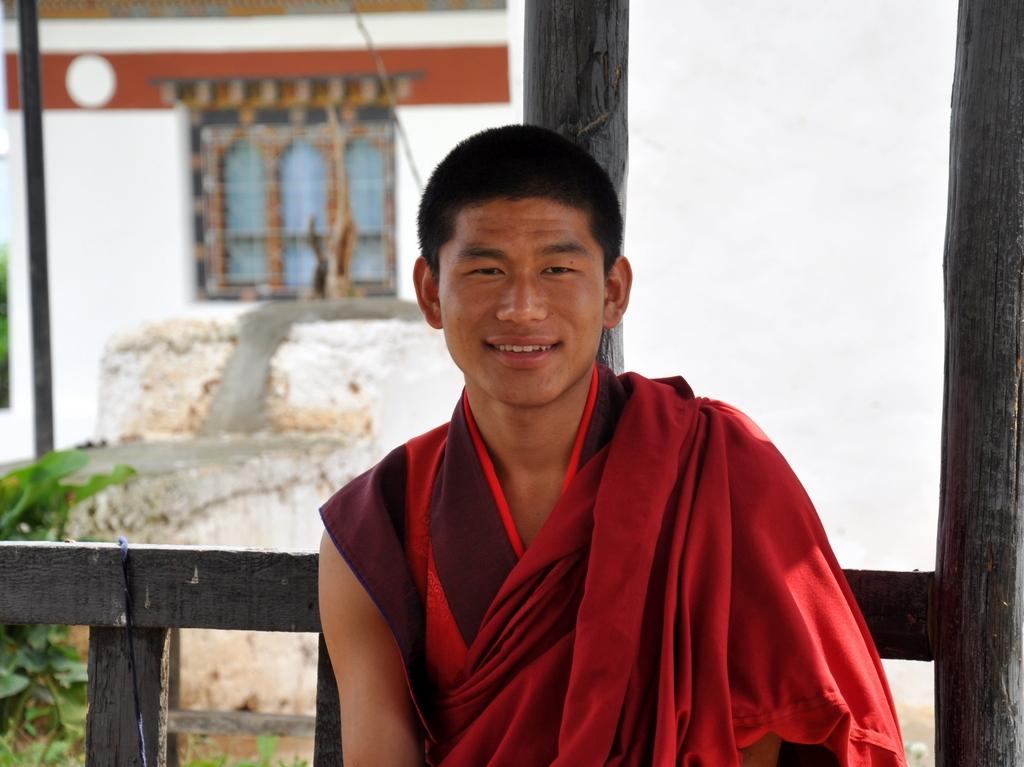 Mönchsschüler im Chorten Ningpo, Bhutan - World of TUI Berlin Reisebericht