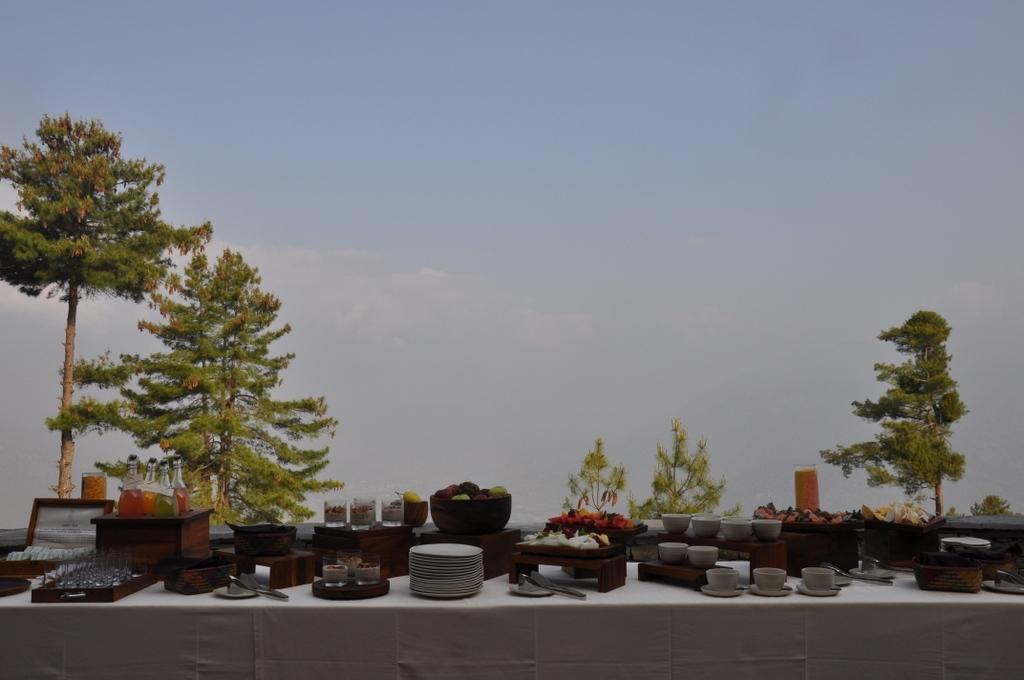 Terrasse Six Senses Paro Lodge, Bhutan - World of TUI Berlin Reisebericht