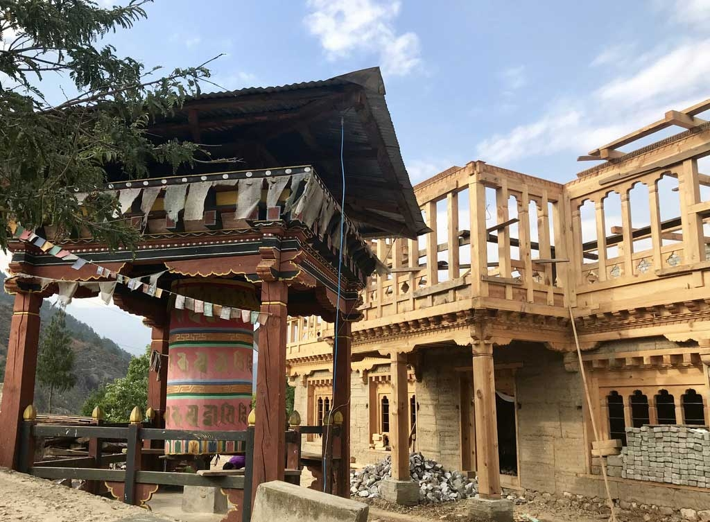 Haus in einem Dorf, Bhutan - World of TUI Berlin Reisebericht