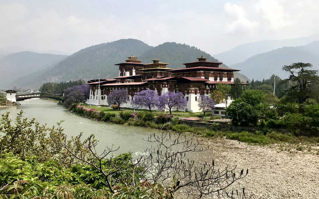 Punakha Dzong-Palast in Bhutan - World of TUI Berlin Reisebericht