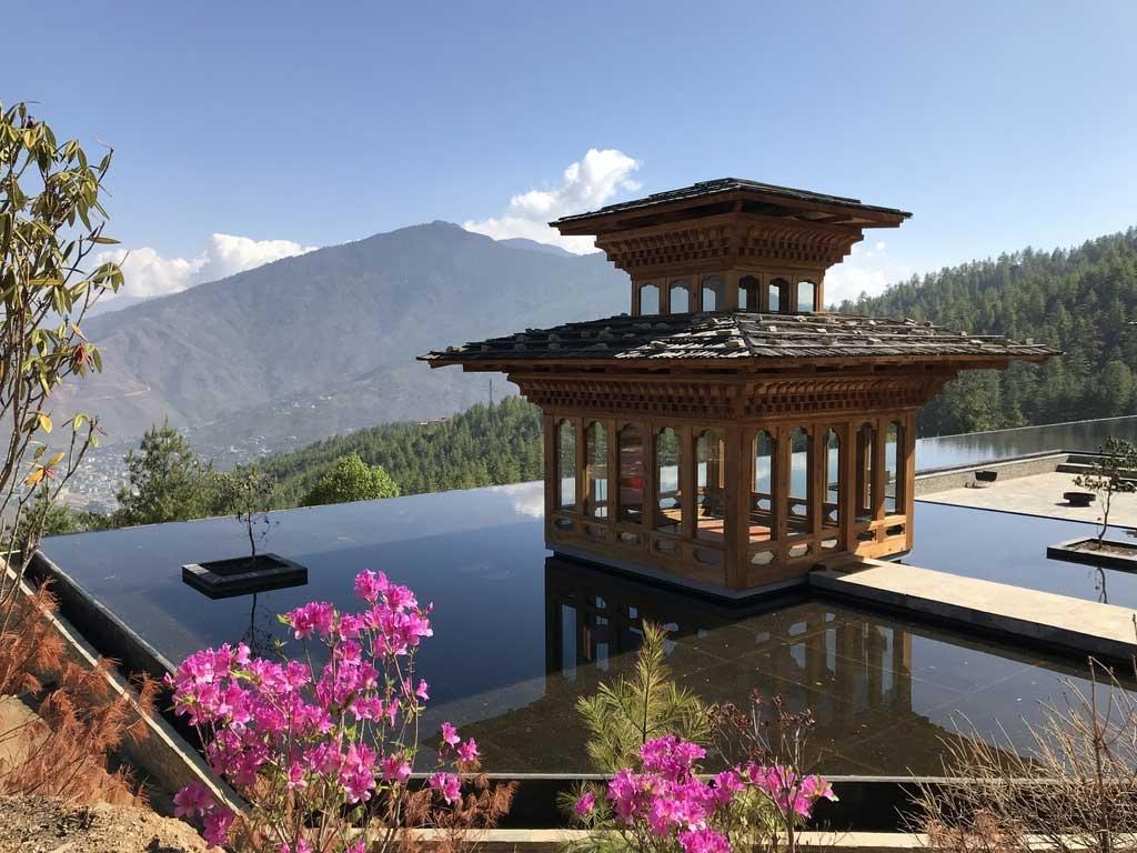 Ausblick Thimphu Tal, Bhutan - World of TUI Berlin Reisebericht