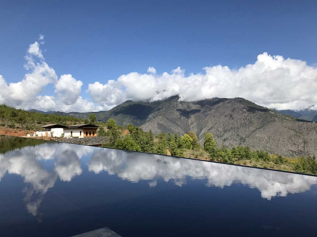 Infinitypool, Six Senses Thimphu Lodge, Bhutan - World of TUI Berlin Reisebericht