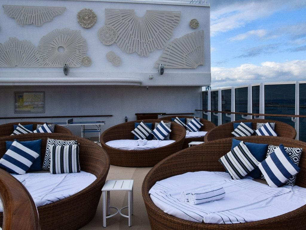 RSS Splendor Lounge - World of TUI Berlin Reisebericht