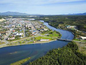 Die Stadt Whitehorse in Yukon