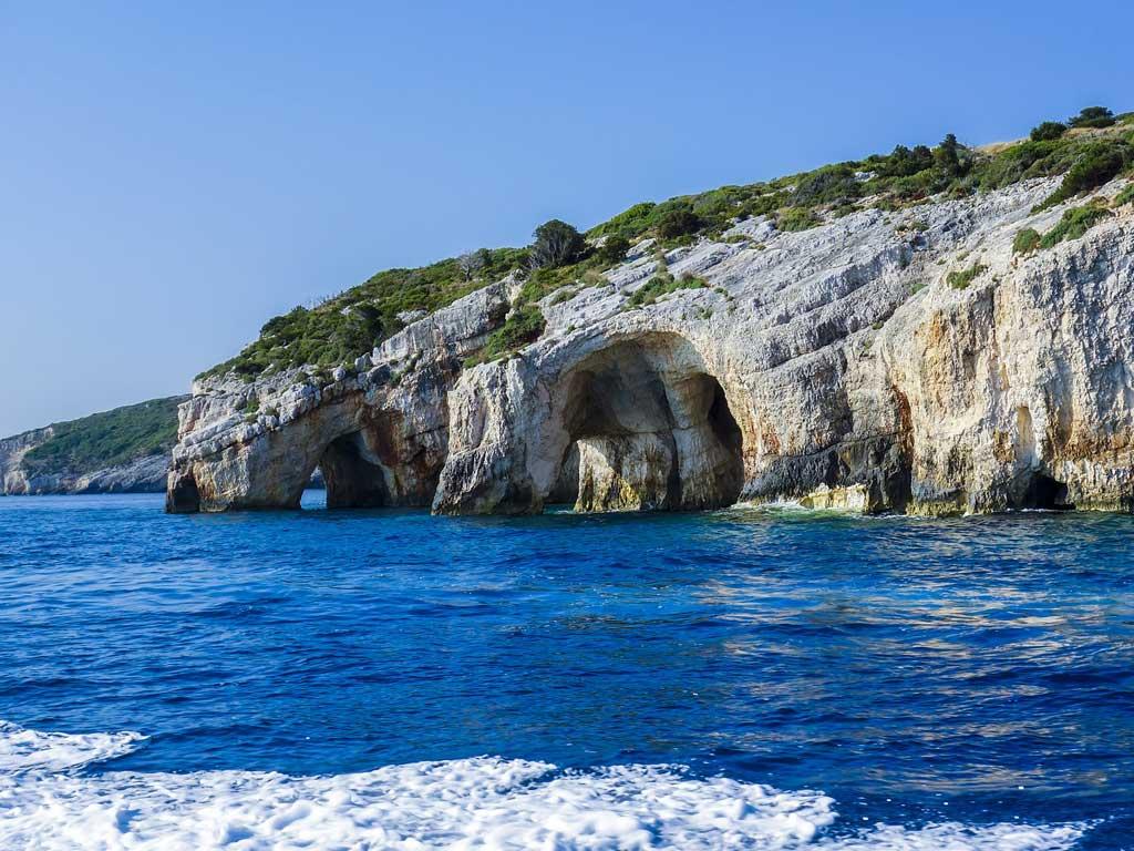 Felsenformation an der Küste Griechenlands