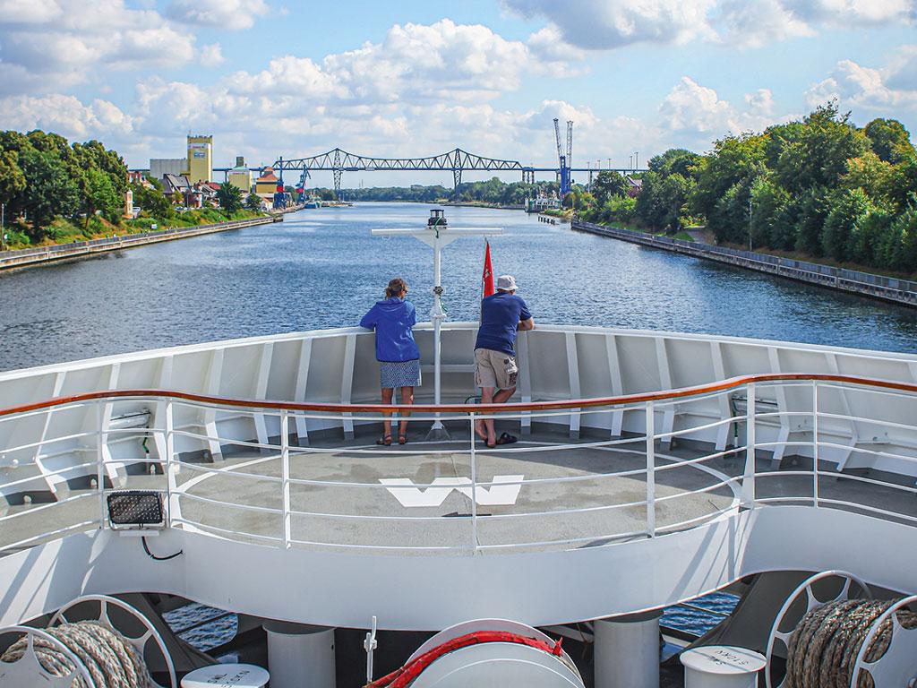 Fahrt auf dem Nord-Ostsee-Kanal