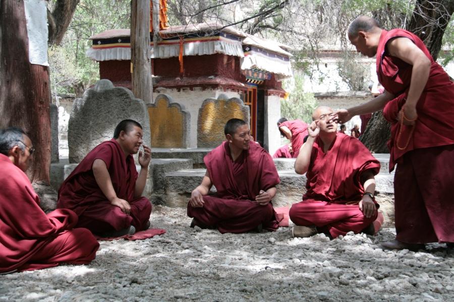 Tibet Adventure mit goxplore. Eine hochzeitliche Abenteuerreise quer durch China und Zentralasien honeymoon 2 asien  Blog Tibet Nepal KohSamui 1127
