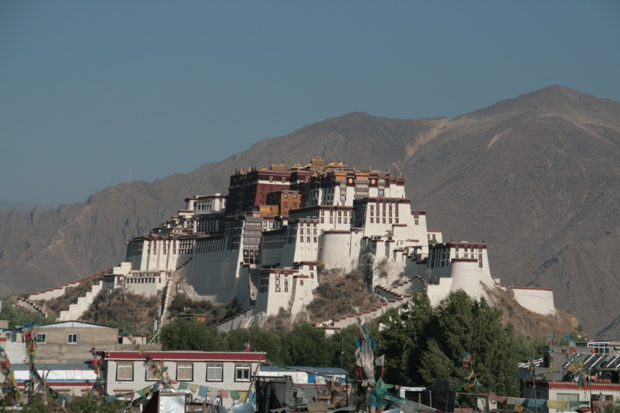 Tibet Adventure mit goxplore. Eine hochzeitliche Abenteuerreise quer durch China und Zentralasien honeymoon 2 asien  Blog Tibet Nepal KohSamui 1168