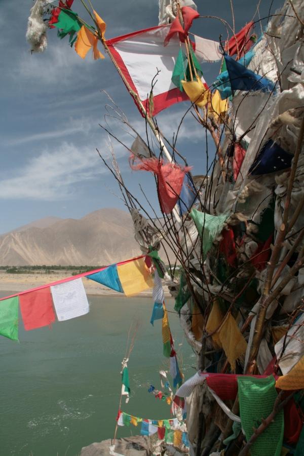 Tibet Adventure mit goxplore. Eine hochzeitliche Abenteuerreise quer durch China und Zentralasien honeymoon 2 asien  Blog Tibet Nepal KohSamui 1218