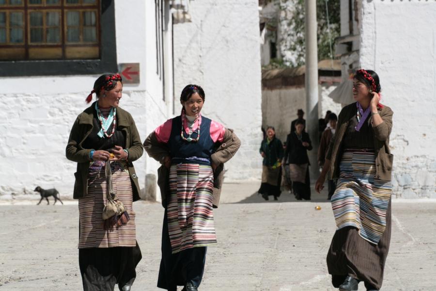 Tibet Adventure mit goxplore. Eine hochzeitliche Abenteuerreise quer durch China und Zentralasien honeymoon 2 asien  Blog Tibet Nepal KohSamui 355