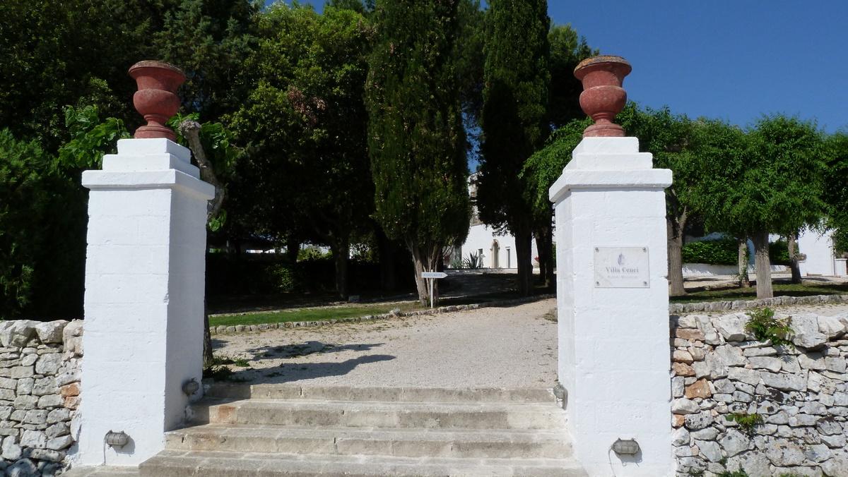 Apulien. Villa Cenci   im Land der Trulli. staedtereisen sonne italien europa  P1010755