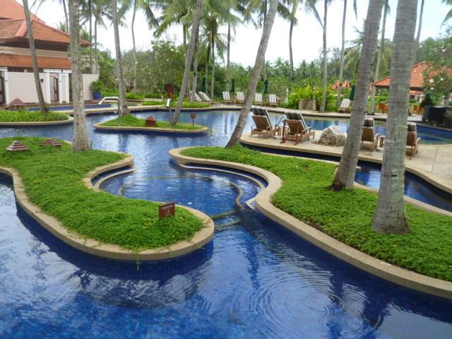 Wo Phuket am schönsten ist   Banyan Tree Phuket thailand strand sonne familie asien  P1050758