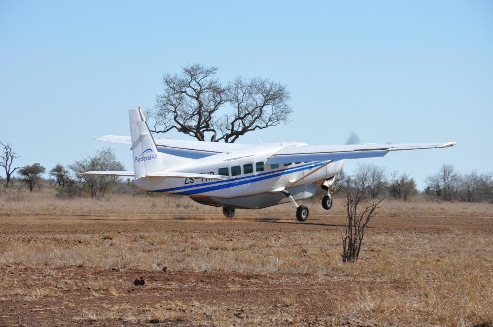 Singita Lebombo & Sweni Lodges suedafrika sonne safari afrika  flugzeug2